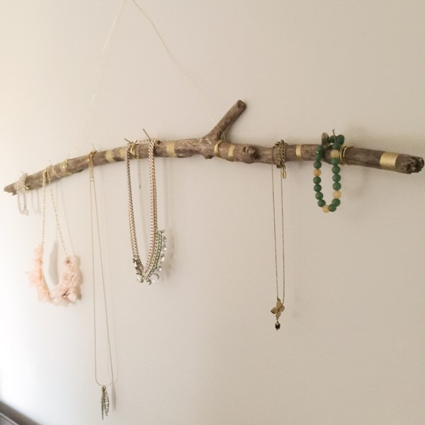 jewelry holder necklace.JPG