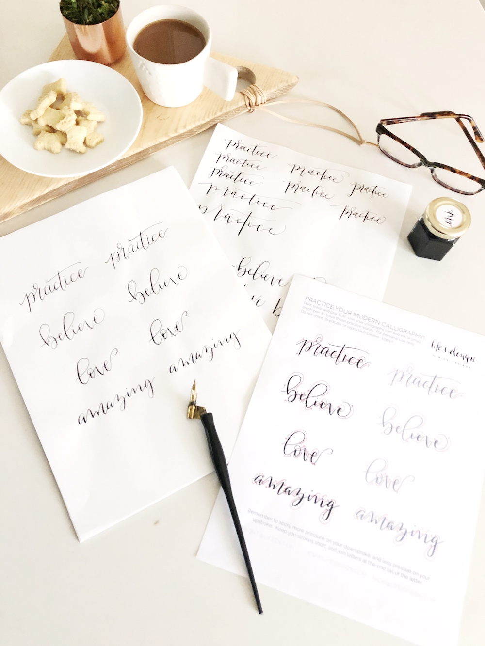 Free printable practice sheet to help you with some fun words to letter in calligraphy.