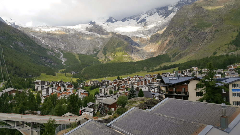 wellnessHostel4000 Saas-Fee Switzerland Morning Bedroom View.png