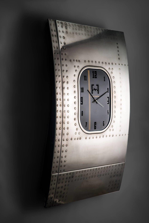 Boeing 747 Fuselage clock Plane Industries.jpg