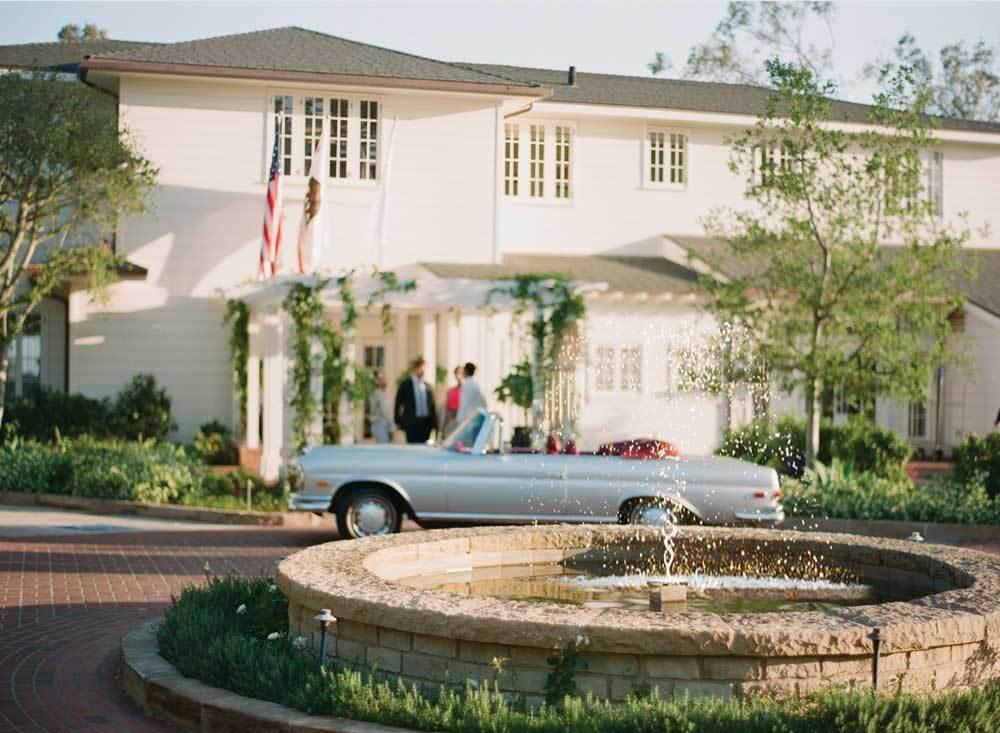 luxury-hotels-california-santa-barbara-belmond-el-encanto-hotel-entrance_lg.jpg