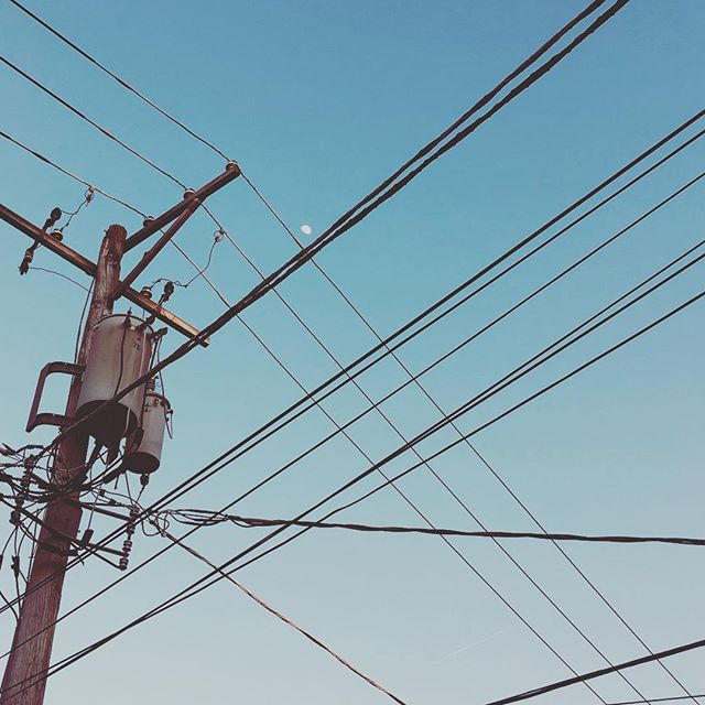 Moon  #moon #telephonewires #landline #evanston #evanstonillinois #evanstonil #northshore #illinois #cookcounty #chicagoland