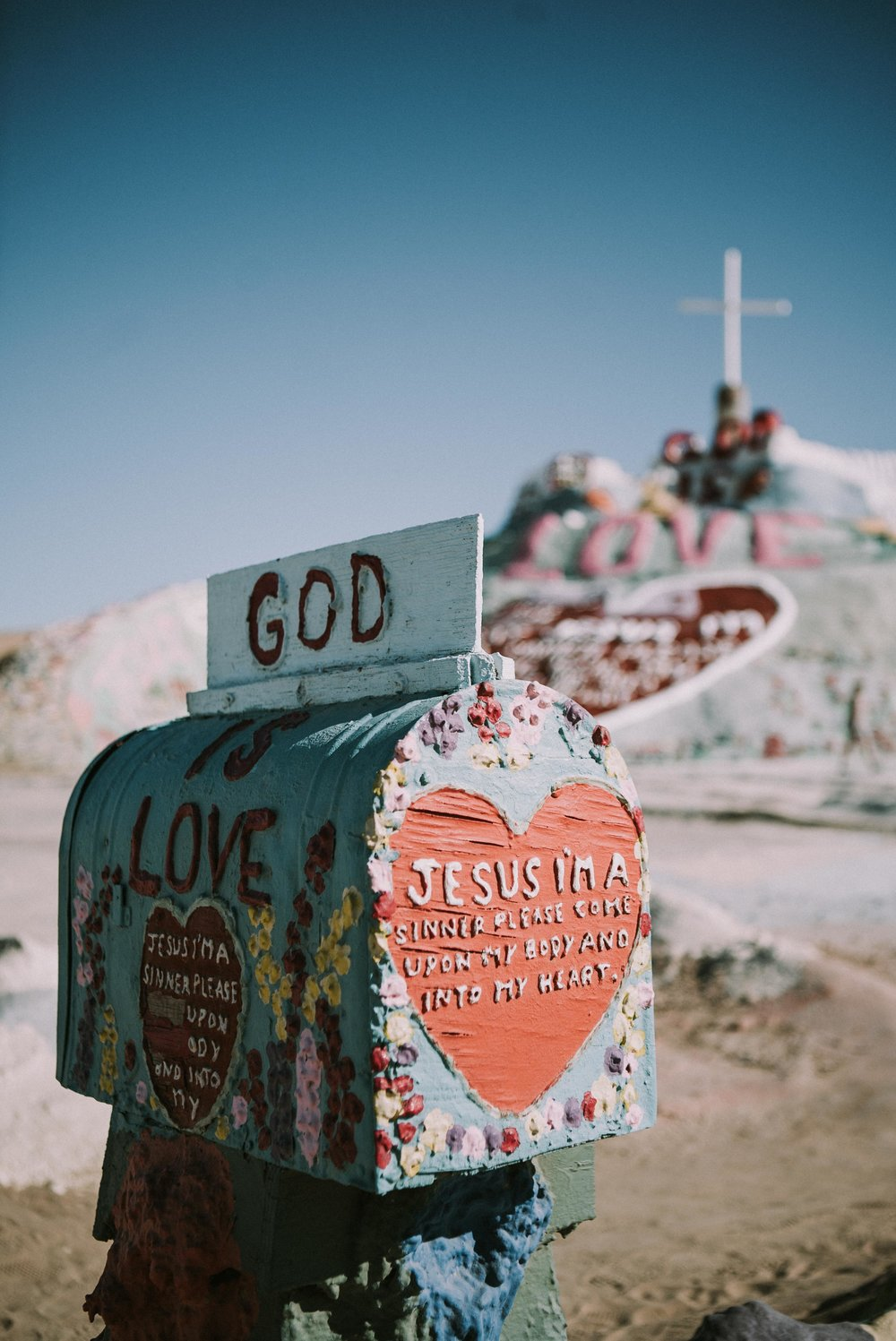 JPC_Trips_2017_SalvationMountain-32.jpg