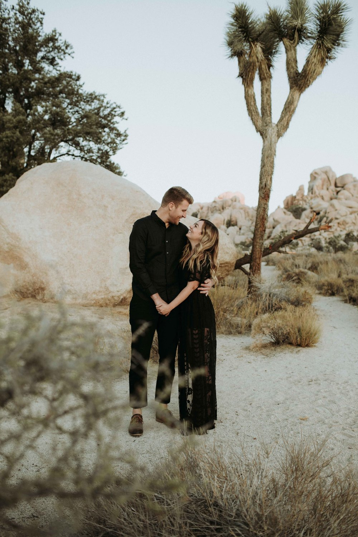 Brett+Crystal_Engagement-059.jpg