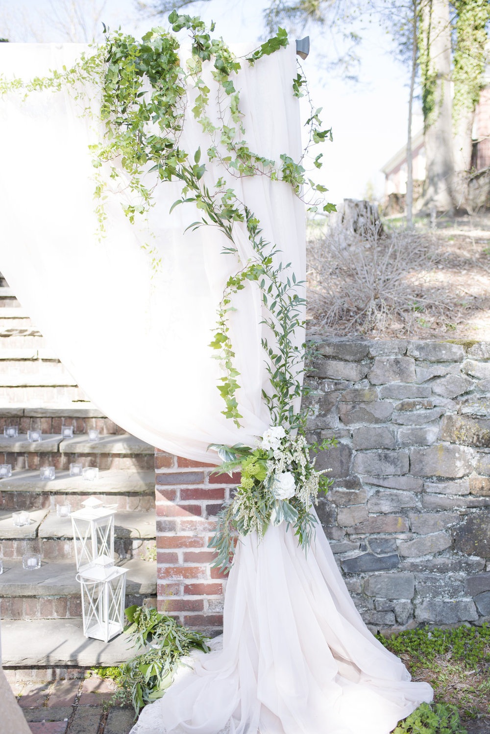 GardenWeddingInspiration_276.jpg