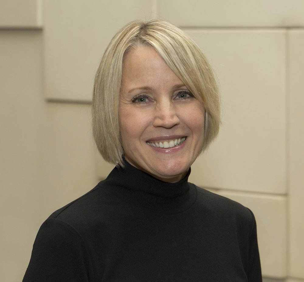Profile Picture - Julie Mackey (small).jpg