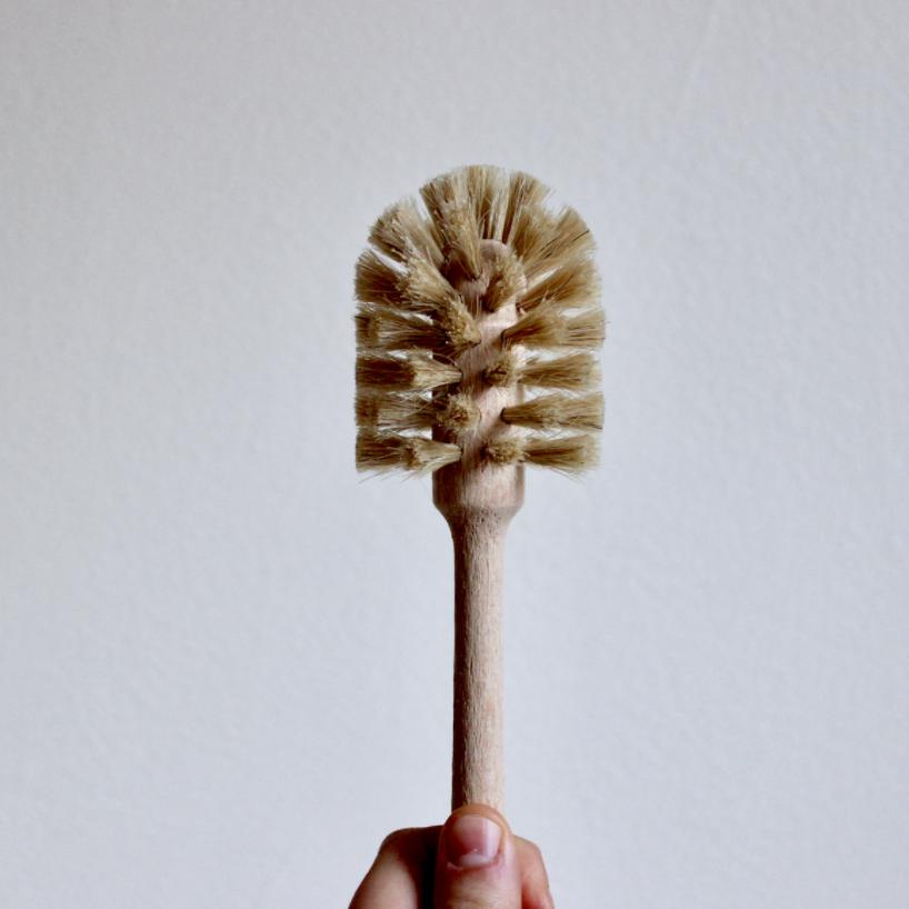 Compostable wooden dish brush for zero waste dishwashing | Litterless