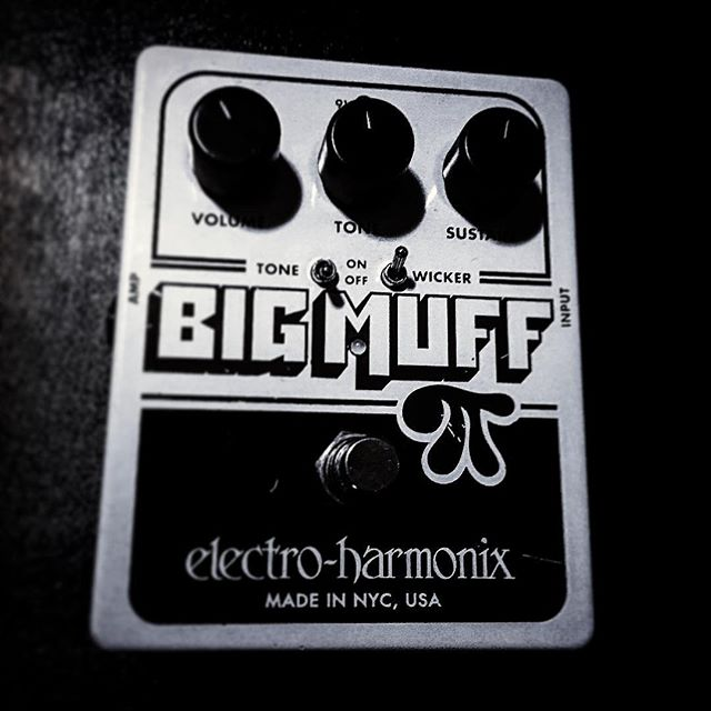 Dirty, gritty, and noisy enough to make some great great rock n' roll. #wrightgear #ehx #bigmuff #tonewicker #guitar #effect #pedal #fuzz #distortion #sustain #rocknroll #noise