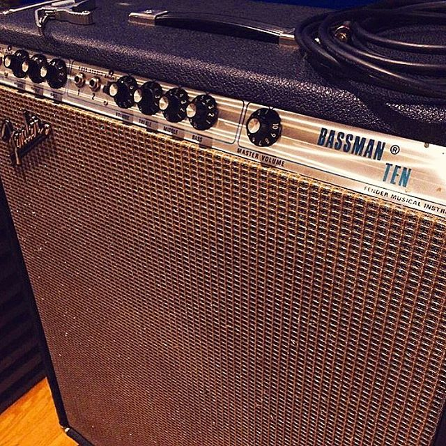 Love that clean low end. #wrightgear #fender #bassman #keepitsimple #clean #low #guitar #amp