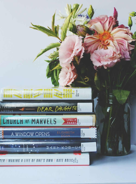 bookshelf.1