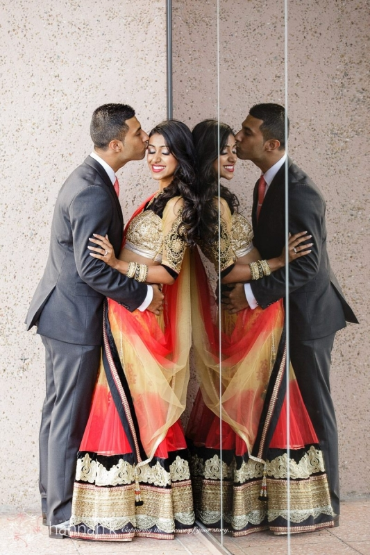 dharni & nic kiss.jpg