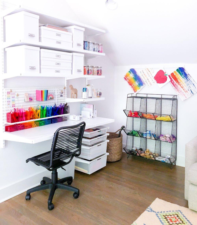 Desk 7.jpg