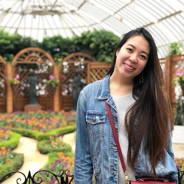 "⭐️SENIOR SPOTLIGHT: Name: Leslie Chen Major: Biological Sciences + Psychology Minor: Biomedical Engineering Hometown: Potomac, MD Past Positions: Social Chair + Banquet Chair Other Extracurriculars: 1000Plus Day of Service, Activities Board, Outreach360, Taiwanese Students Association Favorite Piece of Advice: ""Do one thing every day that makes you happy."" Thanks Leslie for sharing your bright personality and your love of service with our brotherhood! Sending you warm wishes for the next chapter of your life! ⭐️"