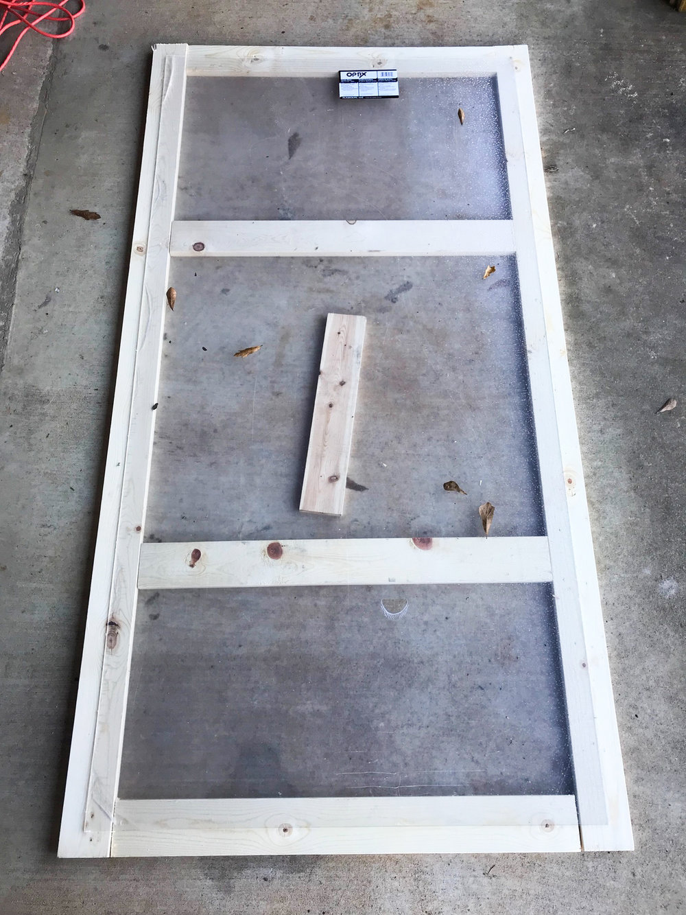 First step before building the box was to build the wooden frame to the piece of plexiglass to create a light, the name of the pane of glass on a cold frame. You want to make sure that the light fits the box snug.