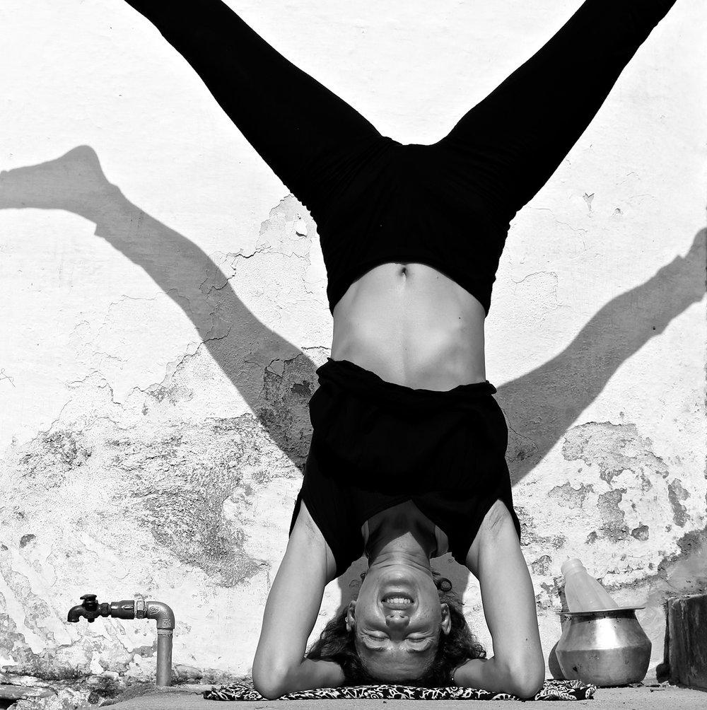 Lupita_Mandalablue_yoga_gili_air_MG_4838_2.jpg