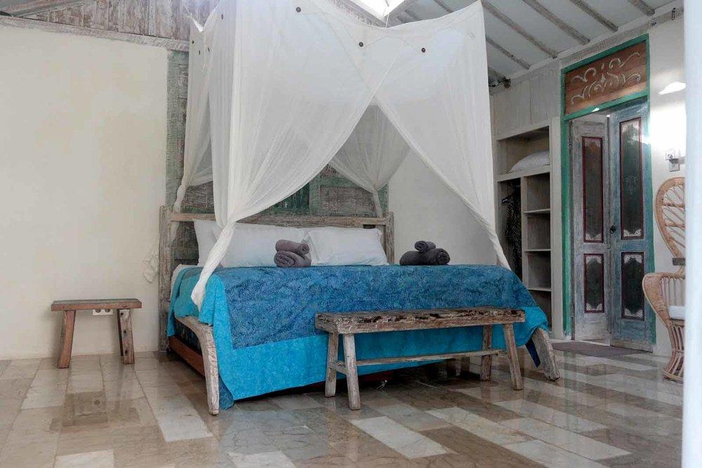 Mandalablue_yoga_retreats_slow_giliair_accommodation_06.jpg