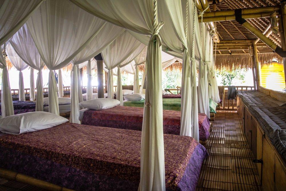 Mandalablue_yoga_retreats_slow_giliair_accommodation_09.jpg