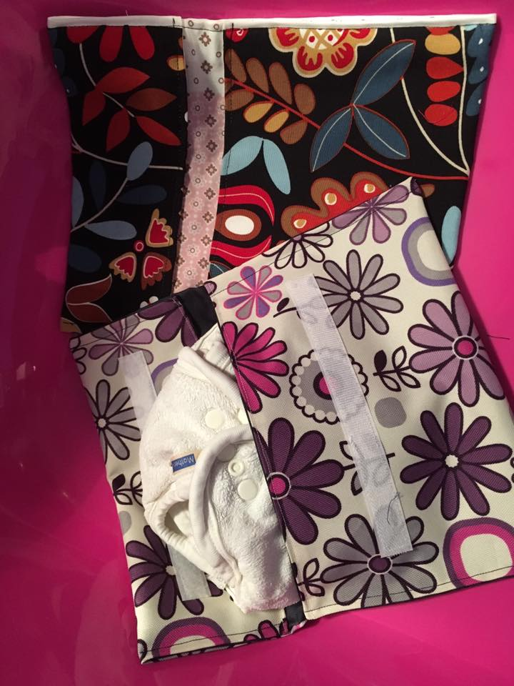 Nappy wallet for pregnant friends:)