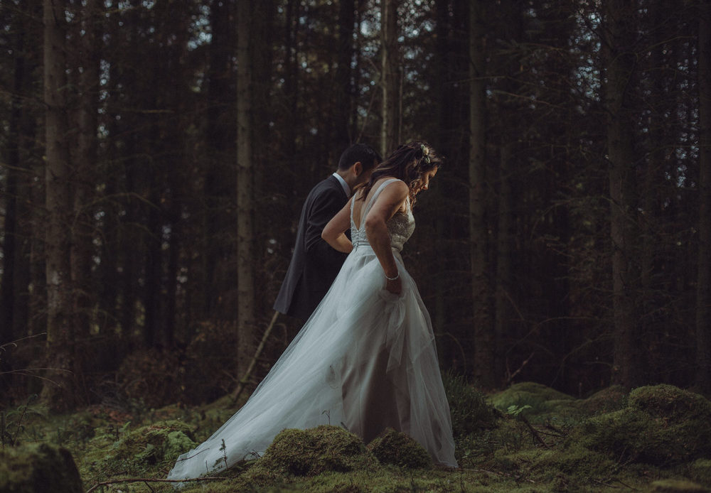 Kate & Douglas's rustic autumn wedding at Eden Leisure Village near Cumbernauld, Scotland