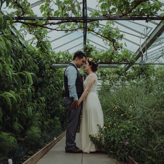 We're back in our editing cave going through the huge amount of photos and awesomeness that June left us with. But we couldn't let the day go by without posting a sweet memory from a year ago. Feliz primeiro aniversário de casamento Alice & Pedro!!! ♥♥♥ #secretherbgarden #edinburghwedding #thehappynow
