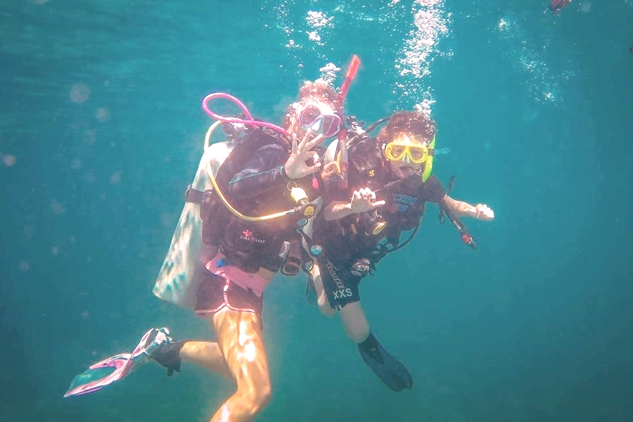 PADI Junior Open Water - Beachfront Divers - Koh Phi Phi, Thailand