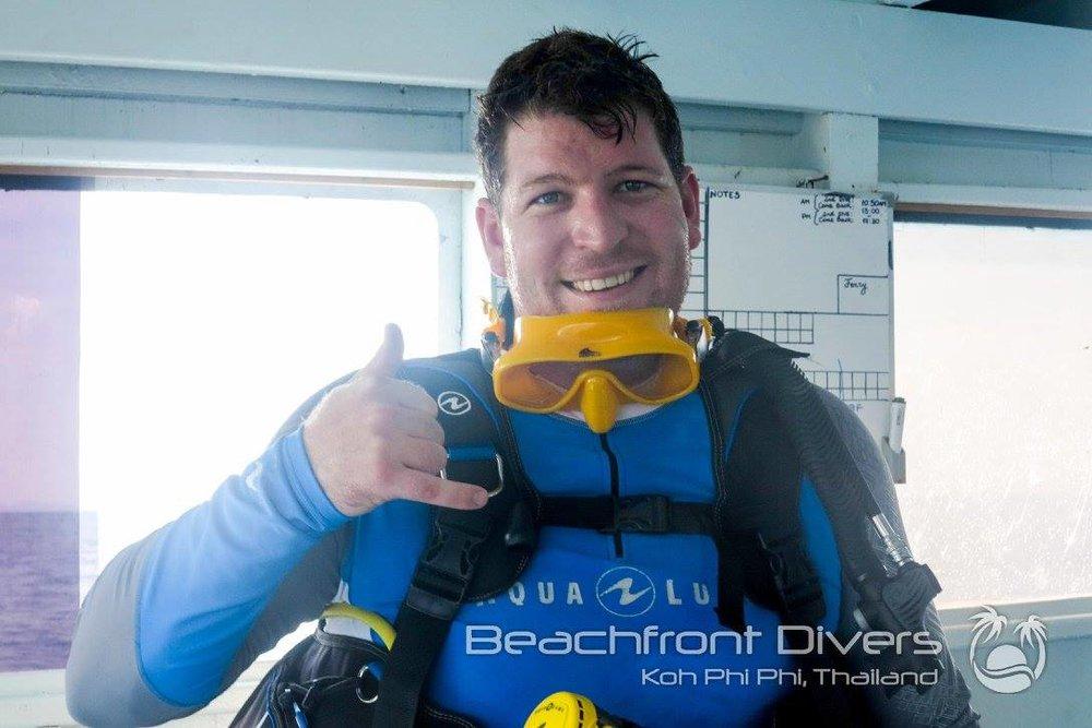 PADI Specialties - Beachfront Divers - Koh Phi Phi, Thailand