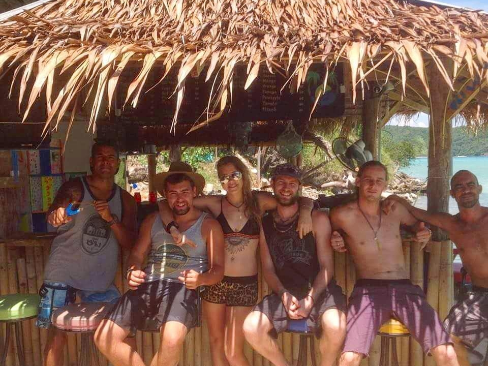 Beachfront Team - SCUBA Diving - Phi Phi Thailand