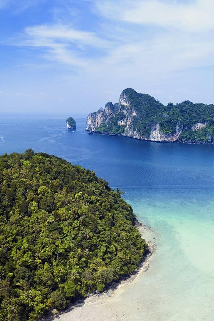 Loh Dalum Bay - Phi Phi - Beachfront Divers.jpg