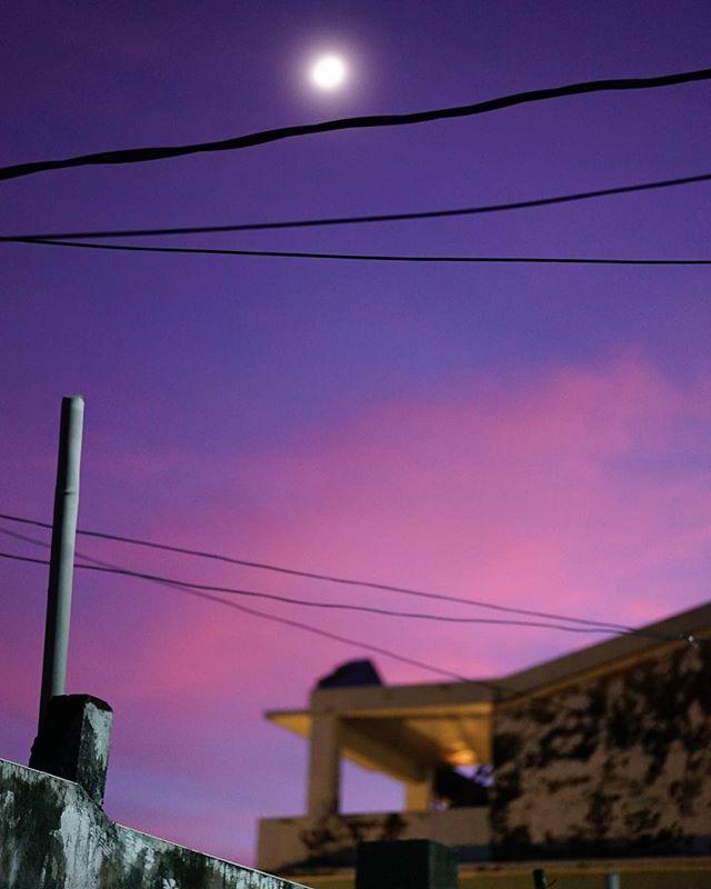 祝愿你,秋夜明月清风美梦。#moonnight #moonfestival #beautifuldreams