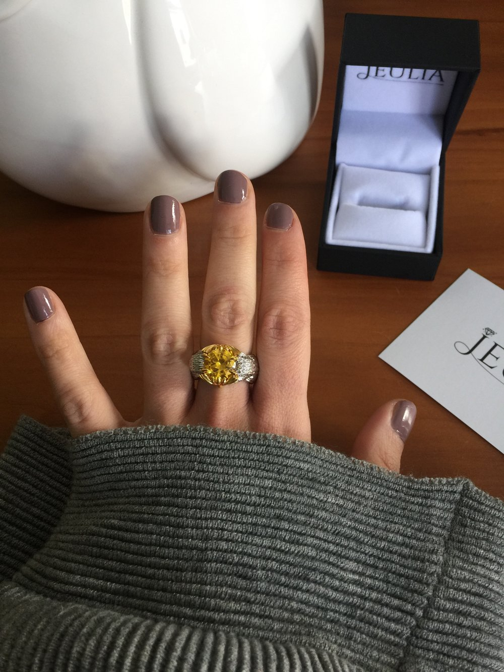 the-closet-electric-jeulia-owl-ring