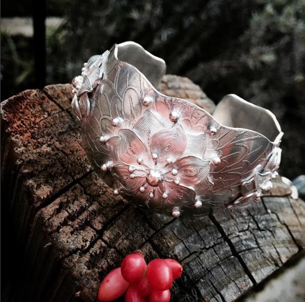 boho flower cuff.png