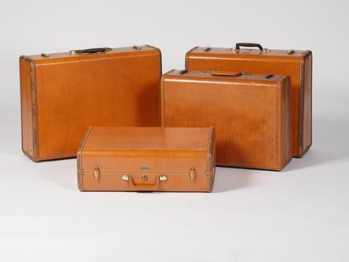 Benjamin Luggage 1 - Provenance Vintage Rentals Los Angeles Vintage Luggage Vintage Suitcases Travel Theme Wedding Decor Rentals Wedding Decor Rentals Party Rentals Los Angeles