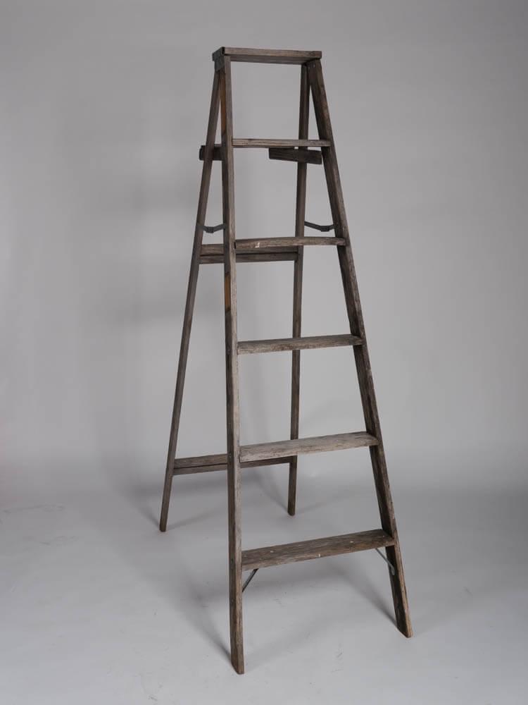 Sawyer Wooden Ladder 1 - Provenance Vintage Rentals Los Angeles Vintage Rustic Ladder Rental Vintage Ladder Backdrop Rustic Wedding Ideas