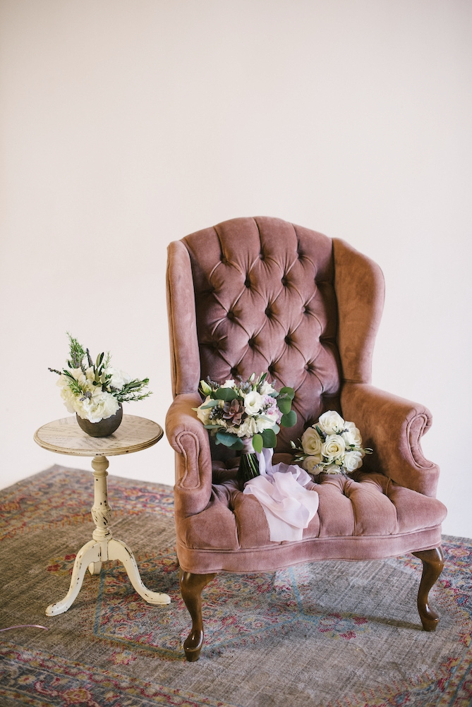 Robin Velvet Tufted Arm Chair