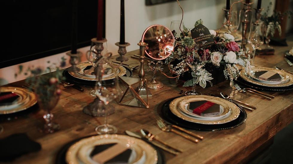Piper Vanity Mirror 4 - Provenance Vintage Rentals Los Angeles Vintage Rentals Near Me Brass Gold Vintage Vanity Rental Vintage Wedding Decor Prop Rental Party Rentals Specialty Rentals.jpg