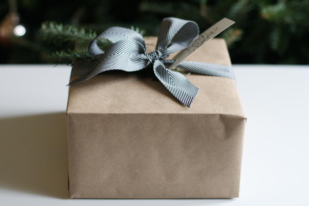 gift-wrap-kraft-paper-2