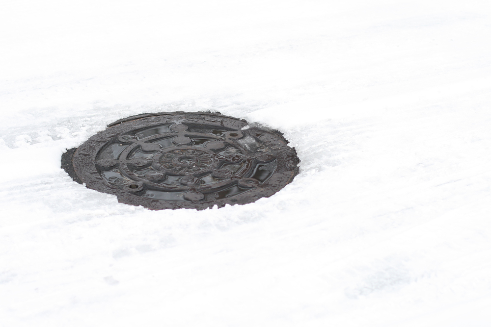 snowy-man-hole