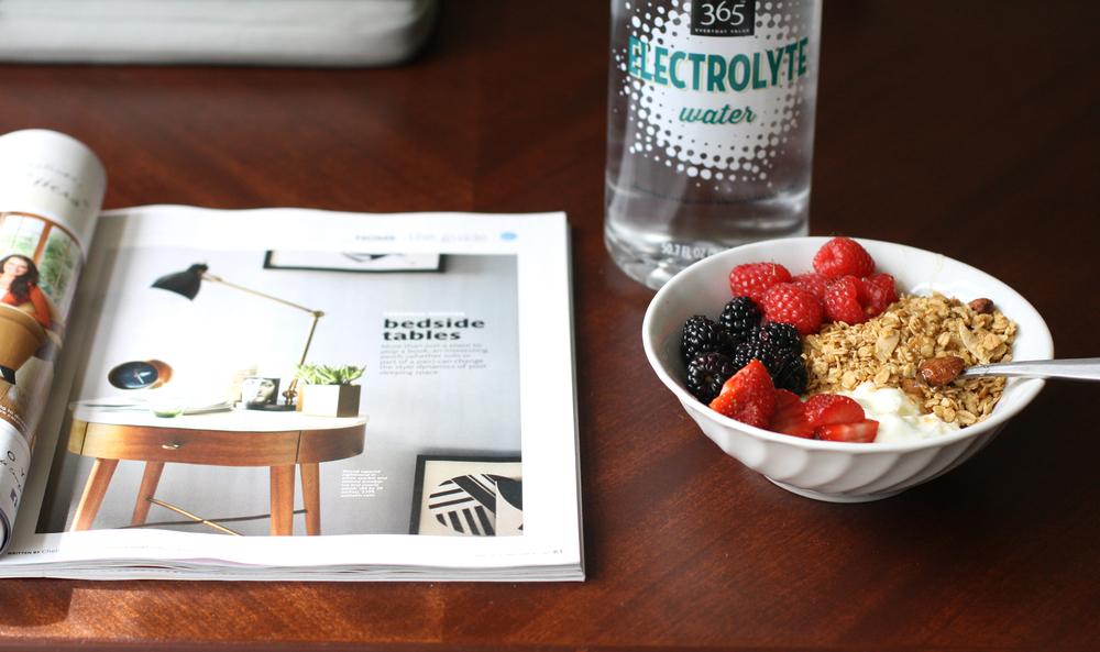 yogurt-granola-breakfast-6