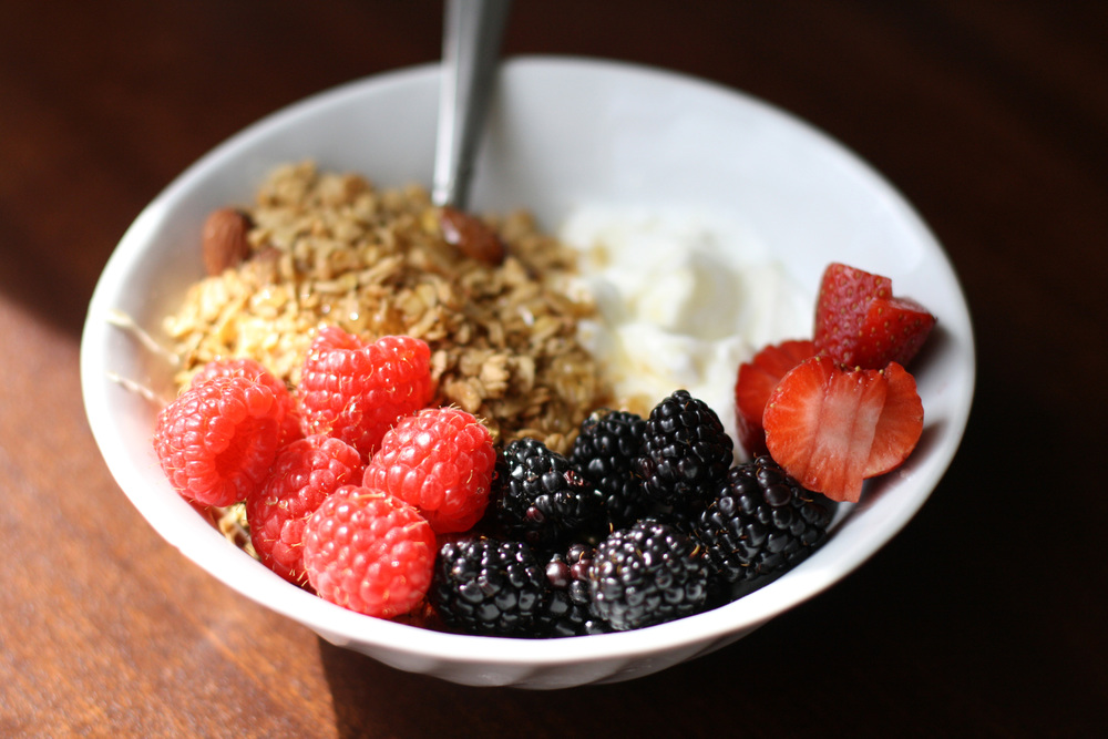 yogurt-granola-breakfast-5