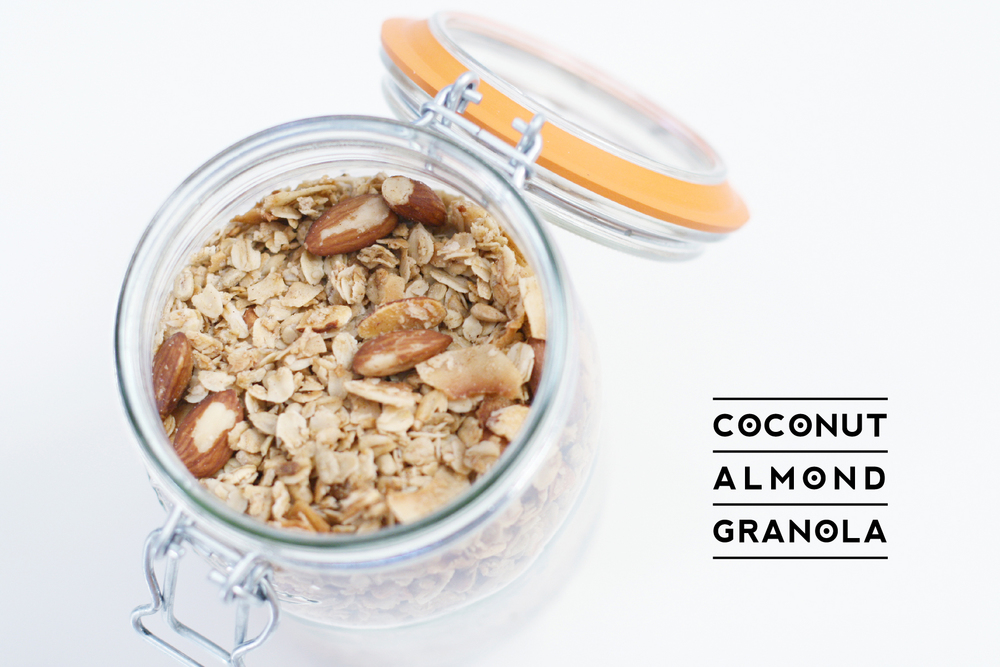 coconut-almond-granola-1
