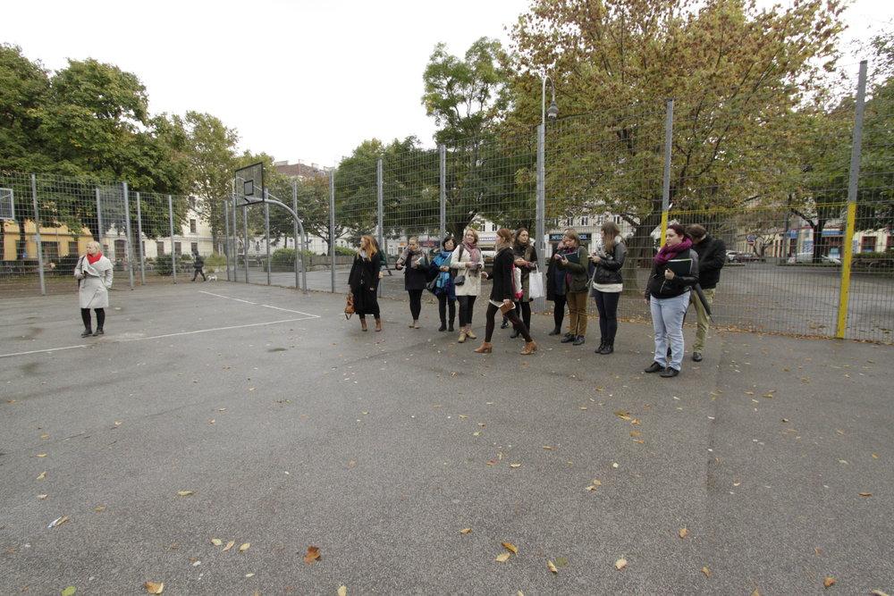 Ball cage, Einsiedler park, Vienna.Foto (c) Zdenka Lammelova