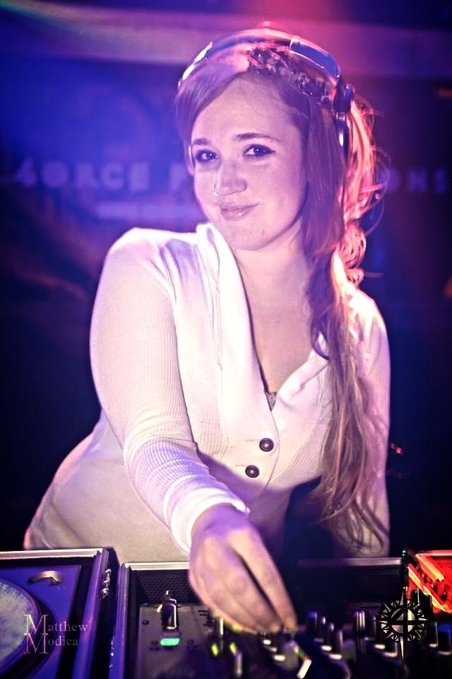 Erin Gamache - DJ