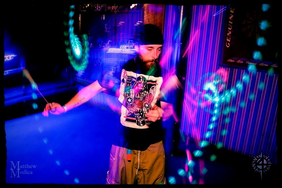 Andrew Dizzle Kinley - DJ