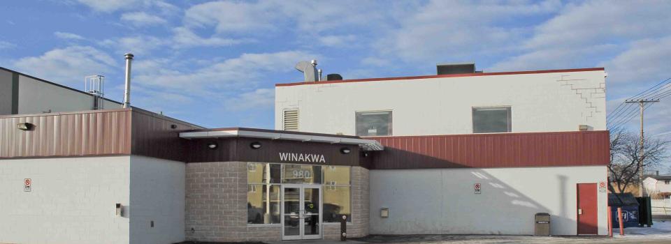 Winakwa-front.png