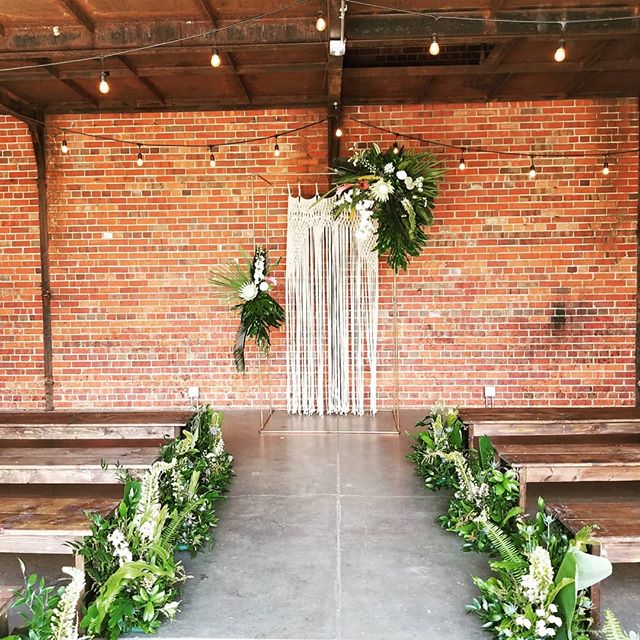 #collectivemembers @dashwoodfloral, @brindleandoak, @inkandroot came together for an awesome wedding yesterday! #collaborationalert