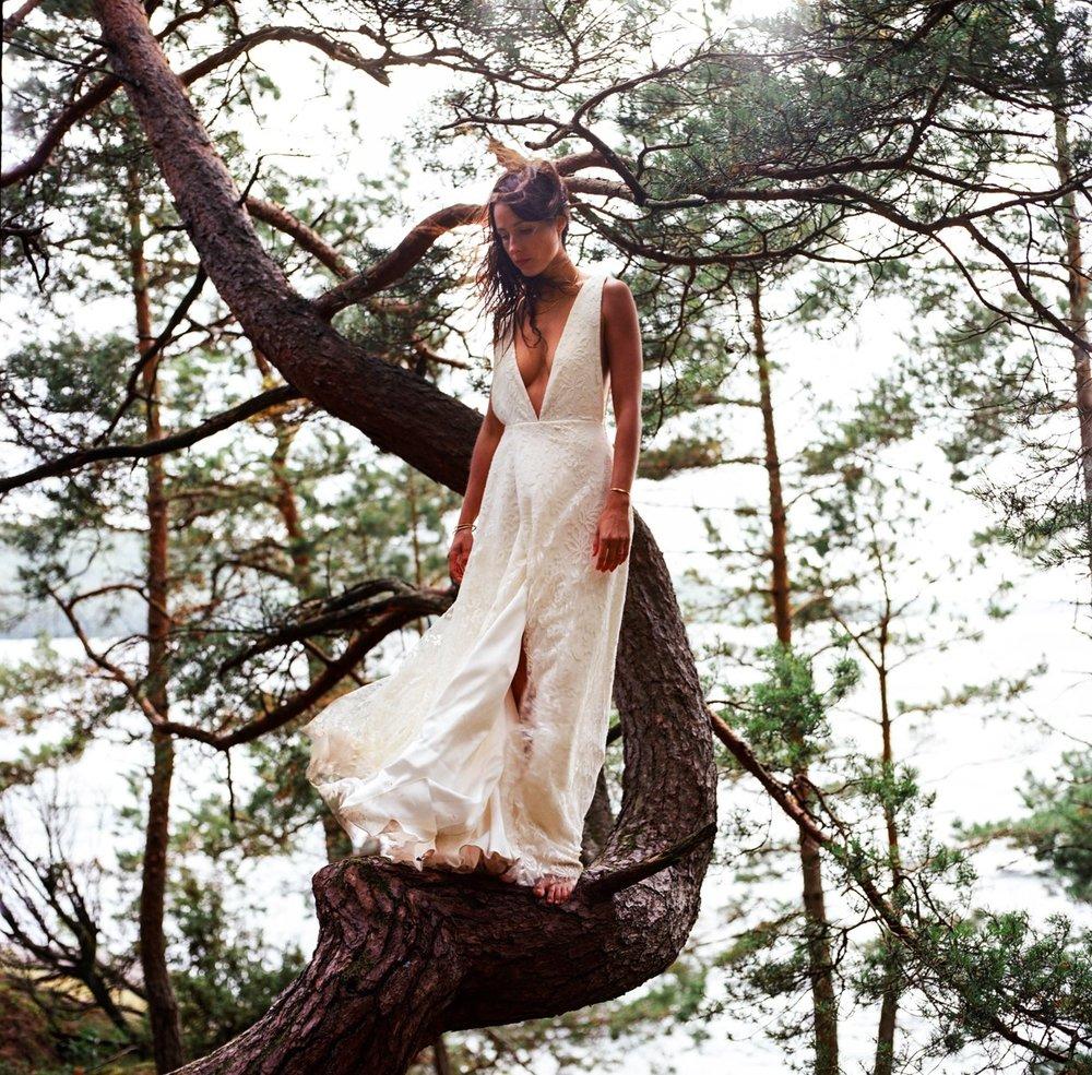Votre robe est unique - La robe à vos mesures - conçue et réalisée exclusivement pour vous.