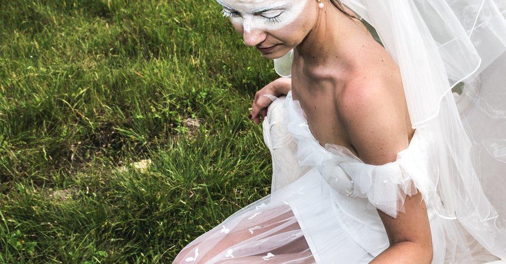 Atomic love - Robe bustier en tulle rebrodé