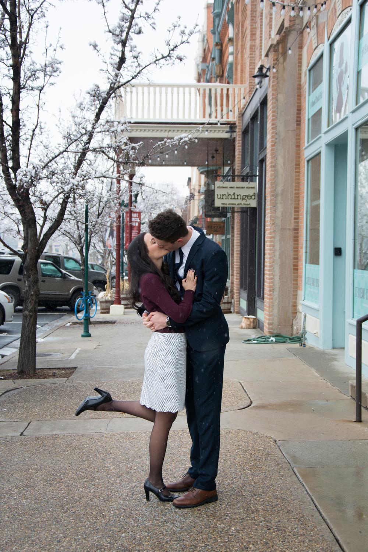Kissin' in the street