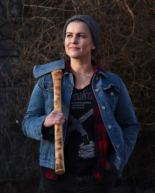 Axe portraits! Get your axe portraits here! First three people* to sign up for this year's camp up in the Adirondacks will get a portrait (by David Malosh) with their fave axe (we can provide axes if you don't have your own). *Limited to NYC peeps, as David is based in Brooklyn.