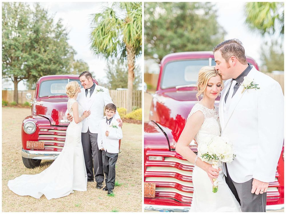 ocala-gainseville-wedding-rembert-farm-photographer-candid-lifestyle-gainseville-florida-photography-natural-rustic-bride-groom-teal_0235.jpg